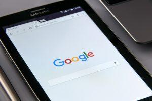 scurtături pentru căutarea pe Google și alte metode eficiente pentru căutări